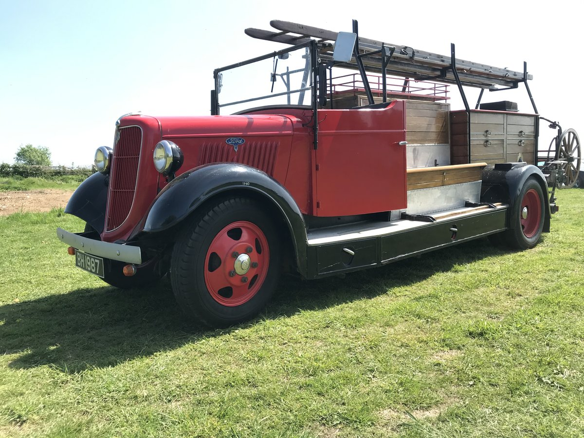 1935 Ford v8 fire engine For Sale (picture 1 of 4)