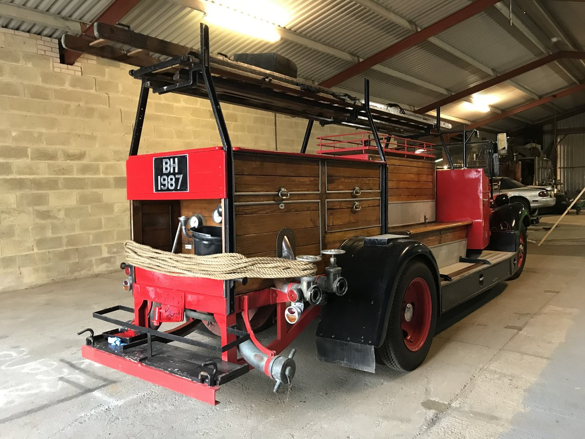 1935 Ford v8 fire engine For Sale (picture 3 of 4)