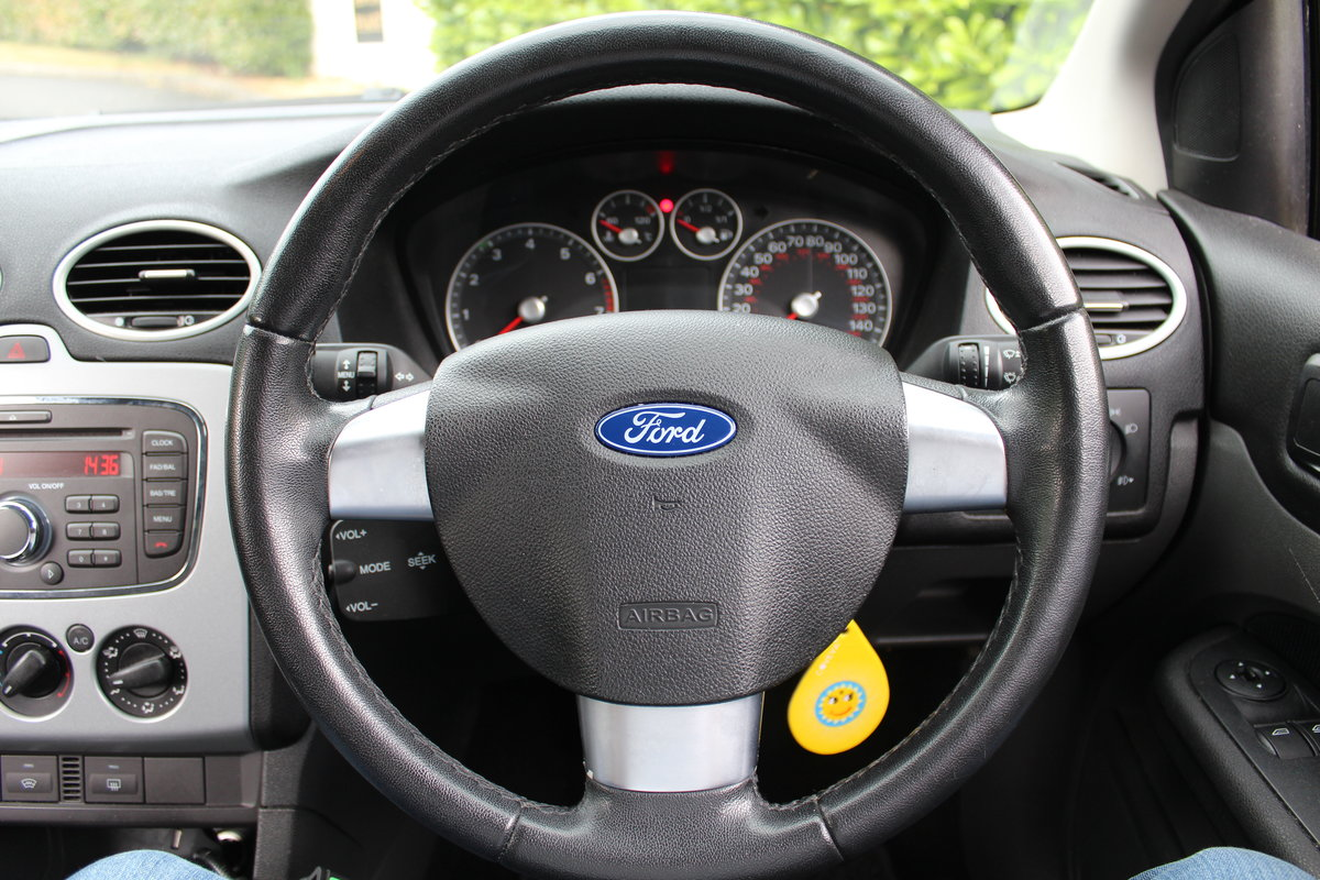 2007 Ford Focus Zetec Climate 1.8 * ULEZ COMPLIANT * SOLD (picture 5 of 6)