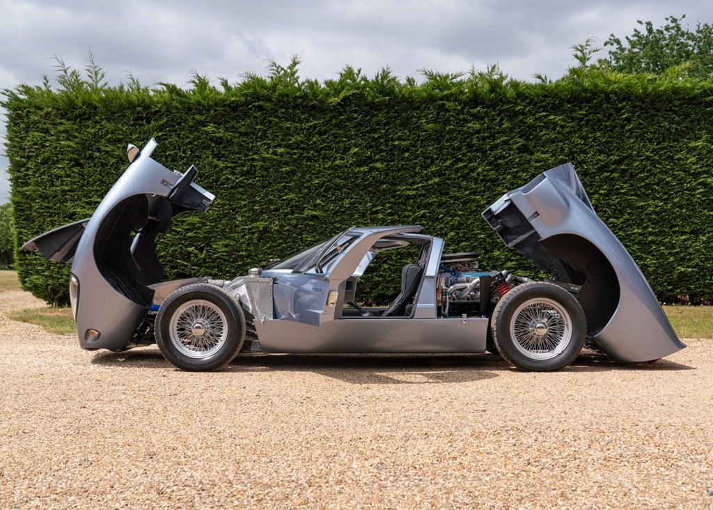 1995 Ford GT40 Mk. III Evocation by KVA SOLD by Auction (picture 3 of 6)