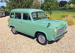 FORD ESCORT 100E ESTATE - RARE + SUPERB EXAMPLE - PX