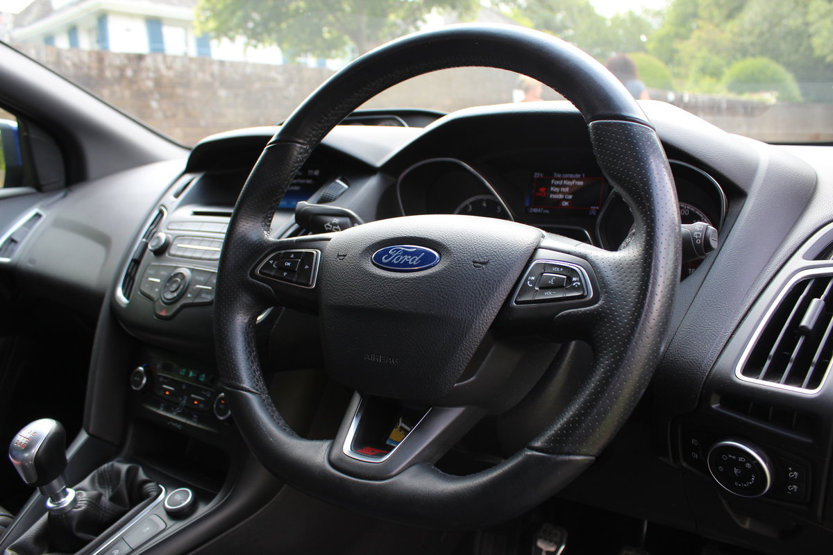 2015 Ford Focus ST2 *DEEP IMPACT METALLIC BLUE* For Sale (picture 6 of 6)