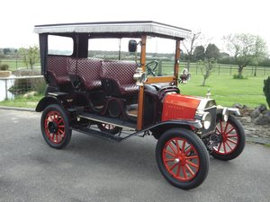 1914 Ford Model T Surry
