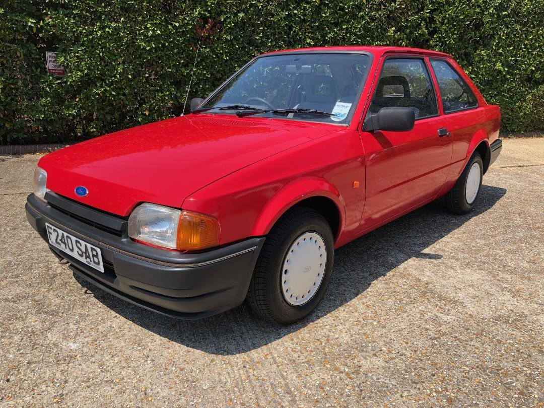 1988 Ford Escort 1.3 Popular. Very original and rare. For Sale (picture 4 of 6)