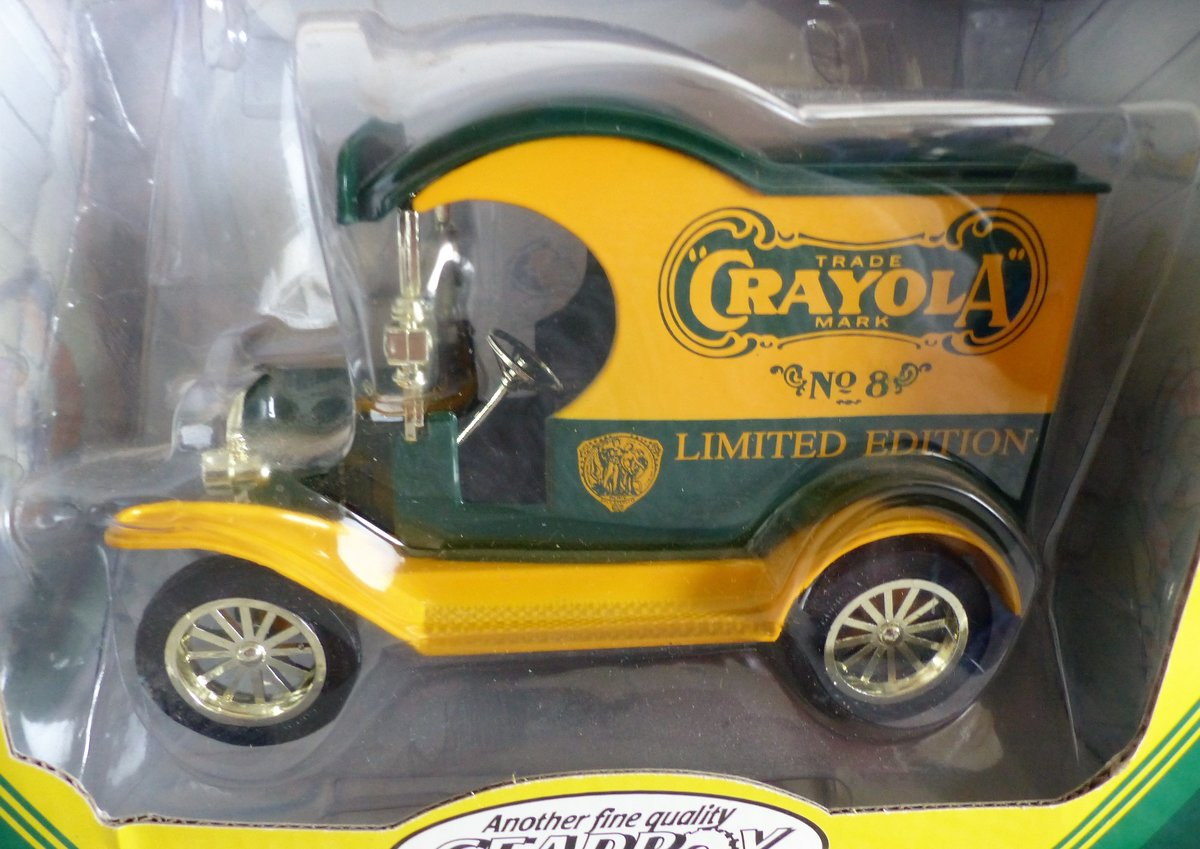 1912 2 CRAYOLA FORD DELIVERY CARS 1:24 SCALE MODEL For Sale (picture 3 of 6)