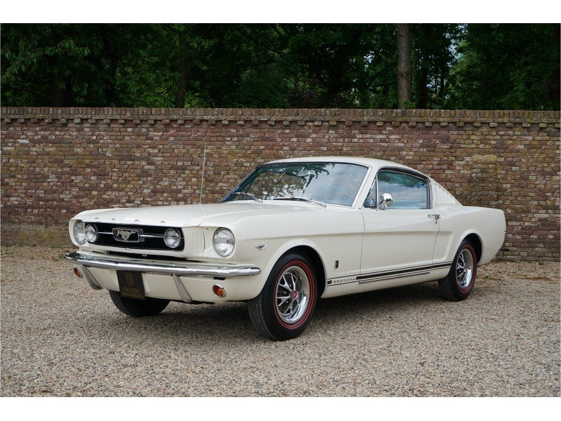 1966 Ford Mustang 289 Fastback automatic For Sale (picture 1 of 6)