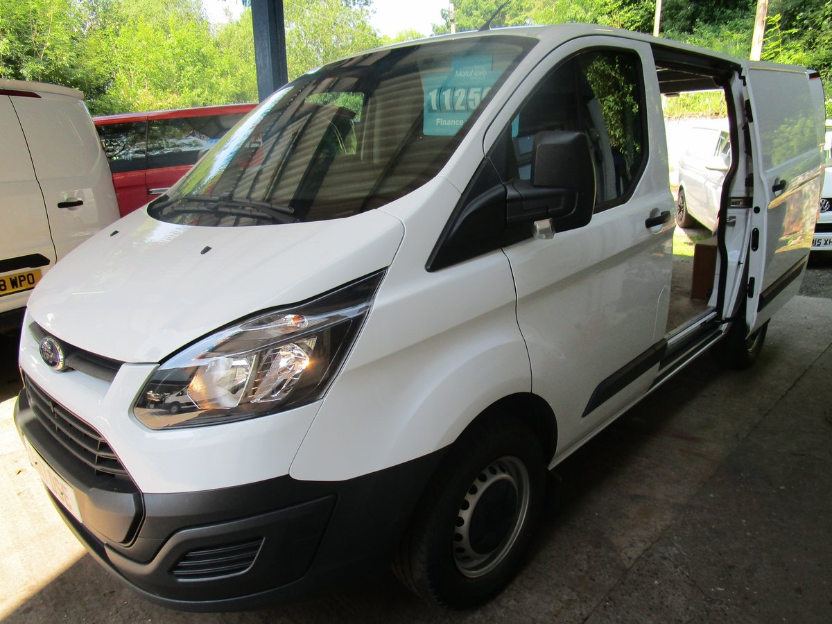 2017 Transit Custom 2.02017/ 17 Ford Transit Custom 2TDCi For Sale (picture 1 of 6)