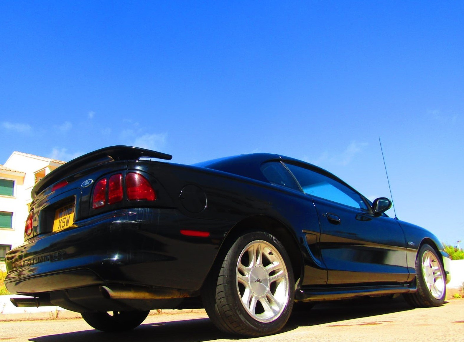 1998 LHD V8 Ford Mustang Sn 95 BLACK coupe V8 For Sale (picture 1 of 6)