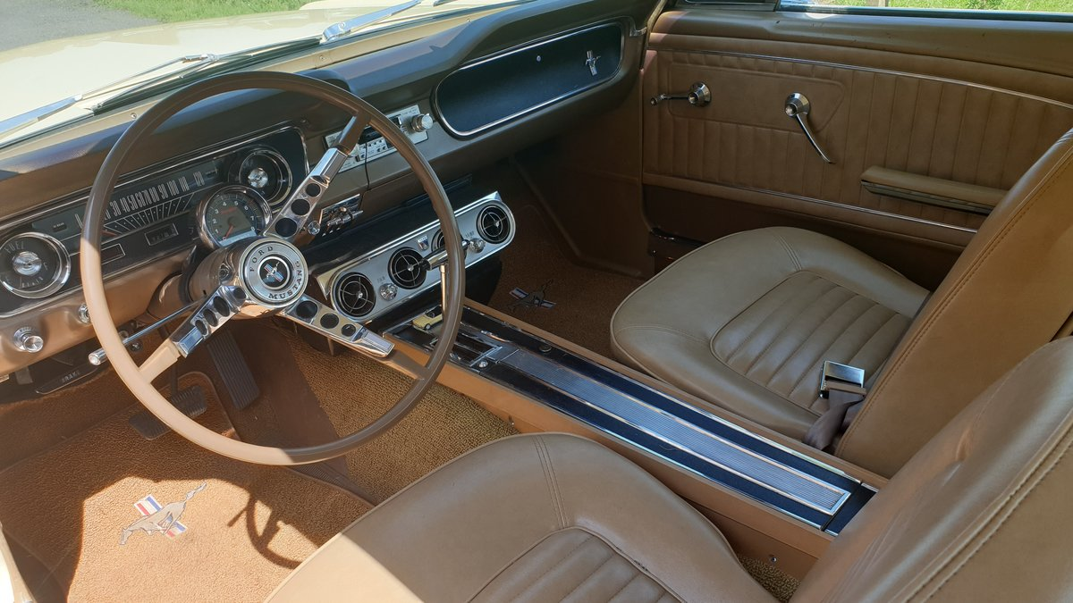 1965 Ford Mustang Coupe, 289ci, 4 barrel carb For Sale (picture 5 of 6)