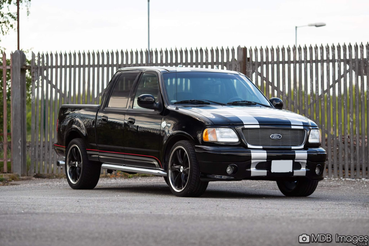 2001 Ford F150 Harley Davidson For Sale (picture 1 of 6)