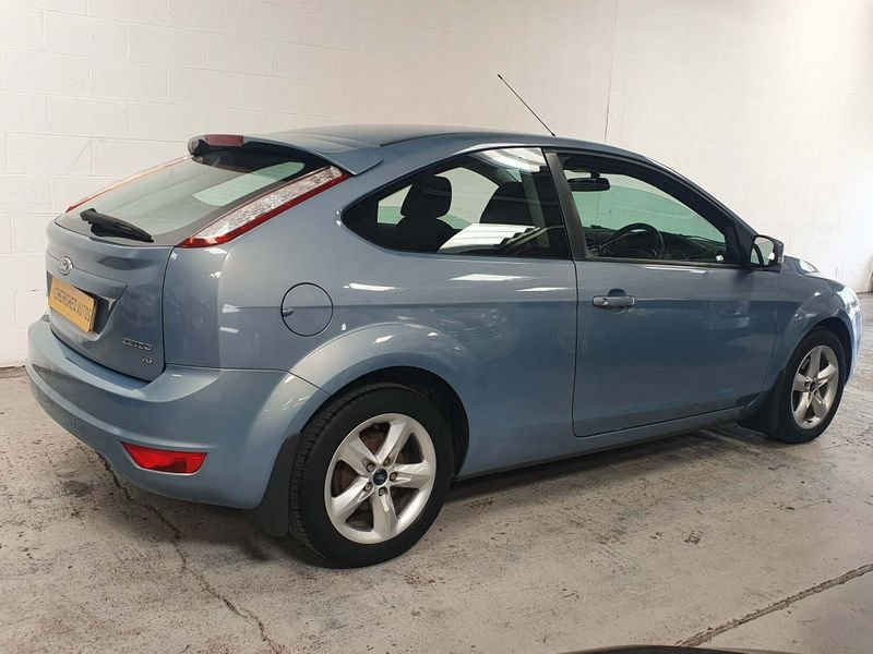 2008 FORD FOCUS 1.6 ZETEC 3DR* STUNNING AUTO* GEN 37,000 MILES For Sale (picture 3 of 6)