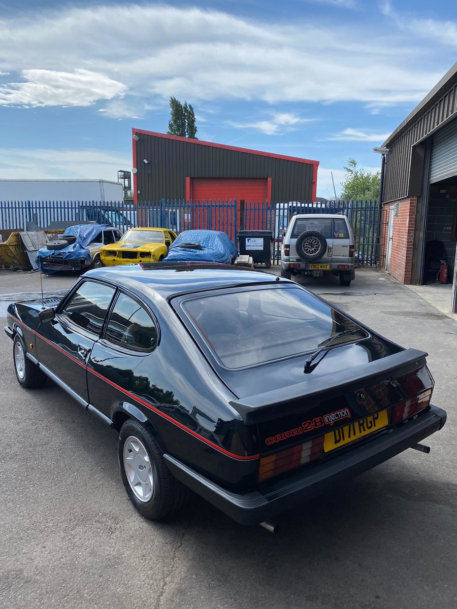 1987 Fully Restored Ford Capri 2.8i special For Sale (picture 3 of 6)
