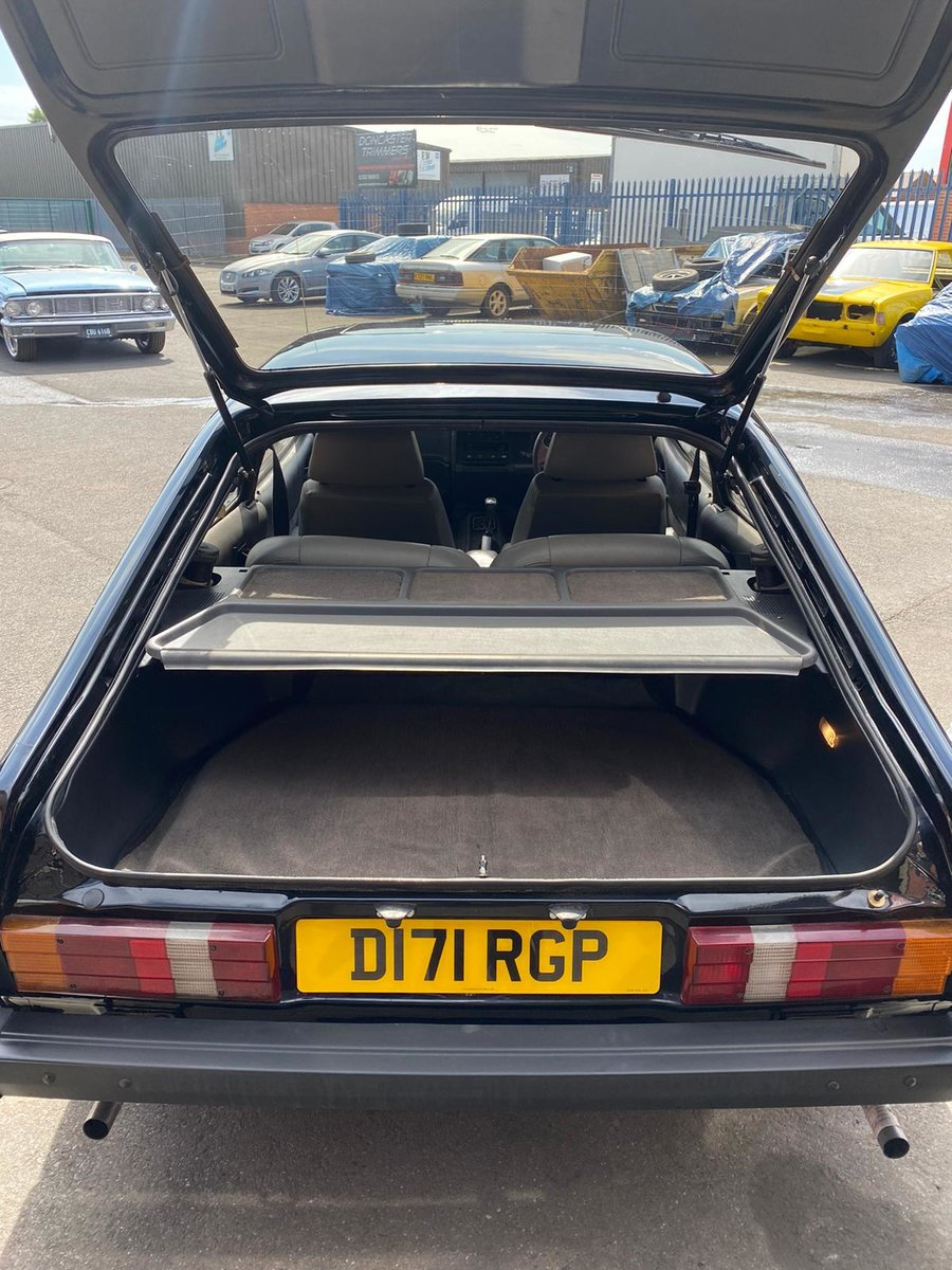 1987 Fully Restored Ford Capri 2.8i special For Sale (picture 4 of 6)