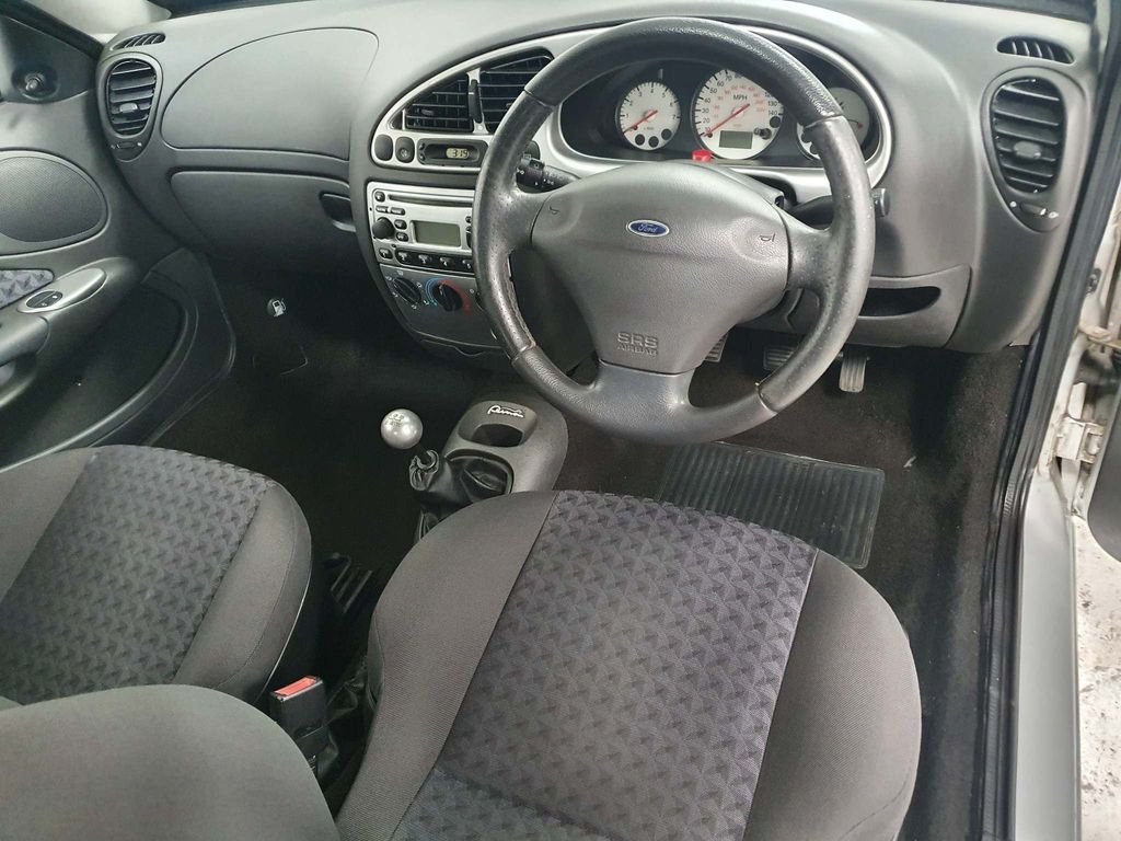 2002 FORD PUMA 1.7 *GENUINE 67,000 MILES*STUNNING EXAMPLE*CLASSIC For Sale (picture 5 of 6)