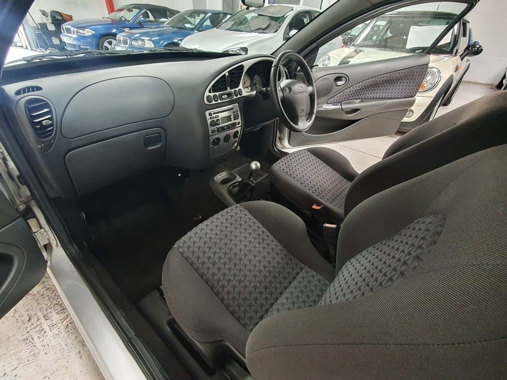 2002 FORD PUMA 1.7 *GENUINE 67,000 MILES*STUNNING EXAMPLE*CLASSIC For Sale (picture 6 of 6)