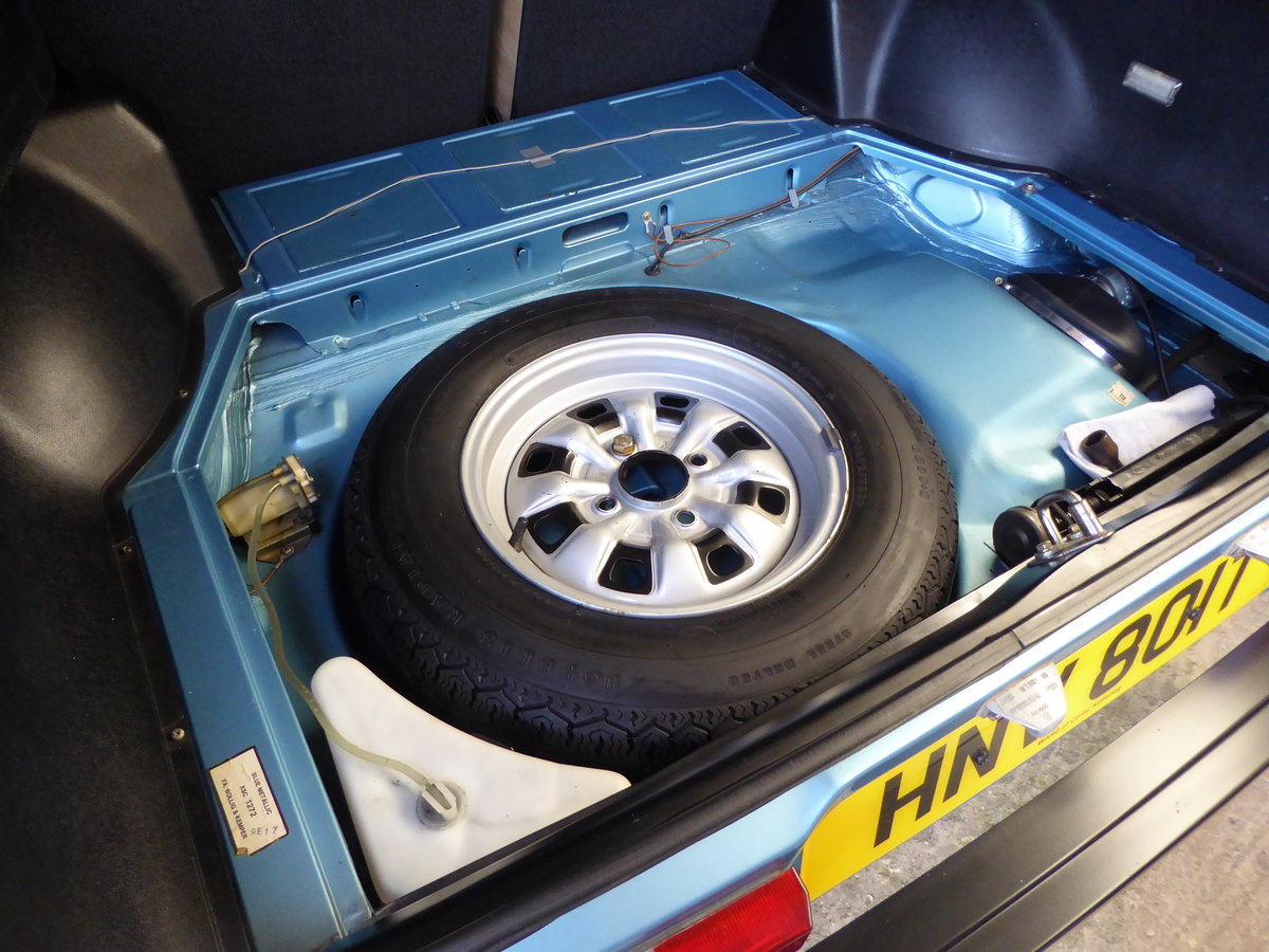 1979 Ford Capri 1.6 GL with only 32500 miles For Sale (picture 3 of 6)