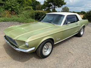 1968 Ford Mustang V8 Auto Lime Green Vinyl Roof