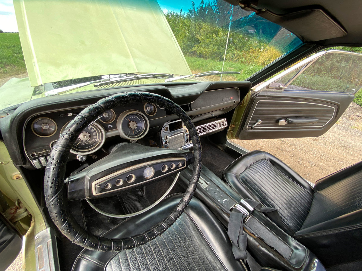 1968 Ford Mustang V8 Auto Lime Green Vinyl Roof SOLD (picture 6 of 6)
