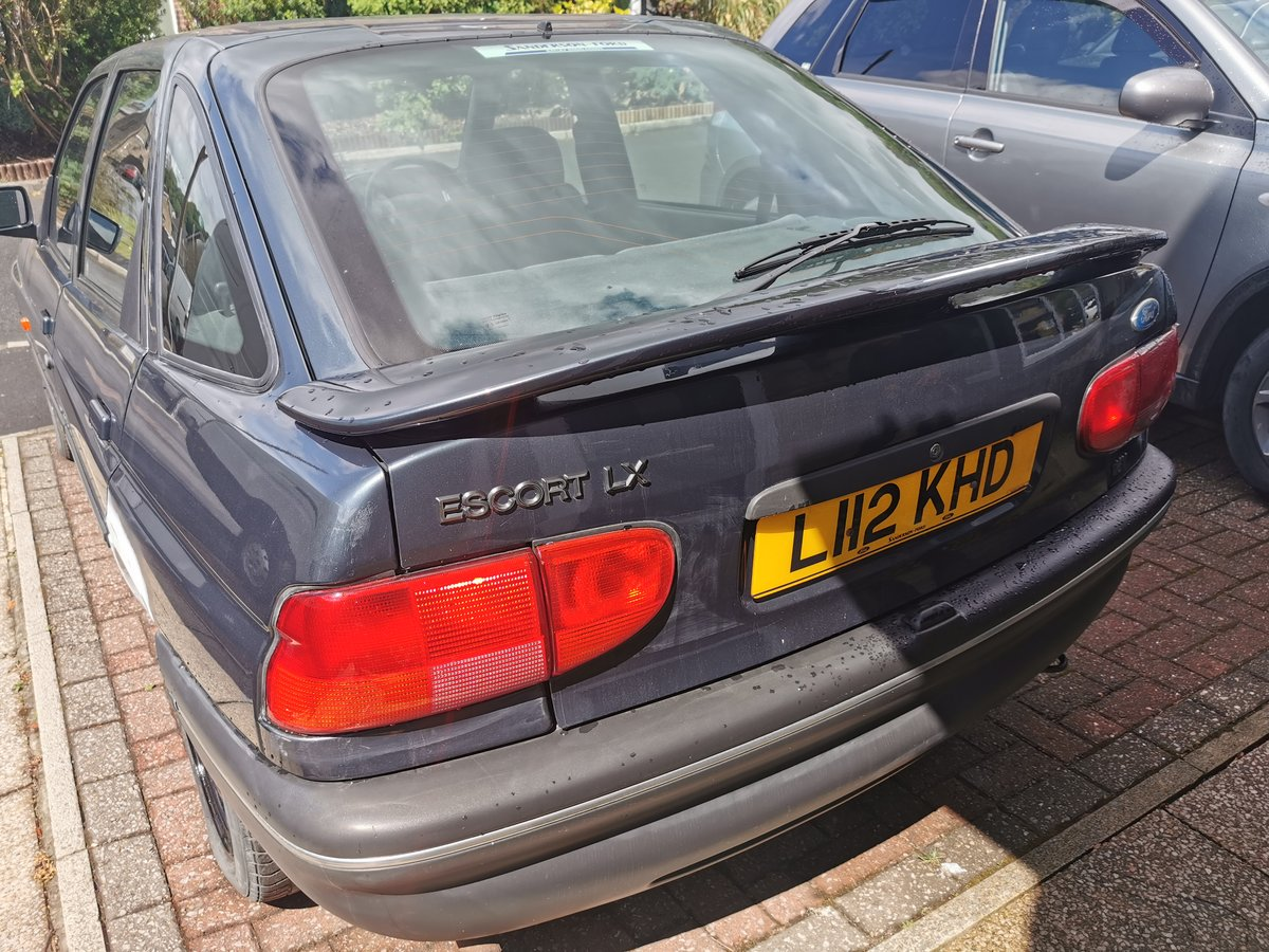 1994 Escort New Mot full service history For Sale (picture 2 of 6)