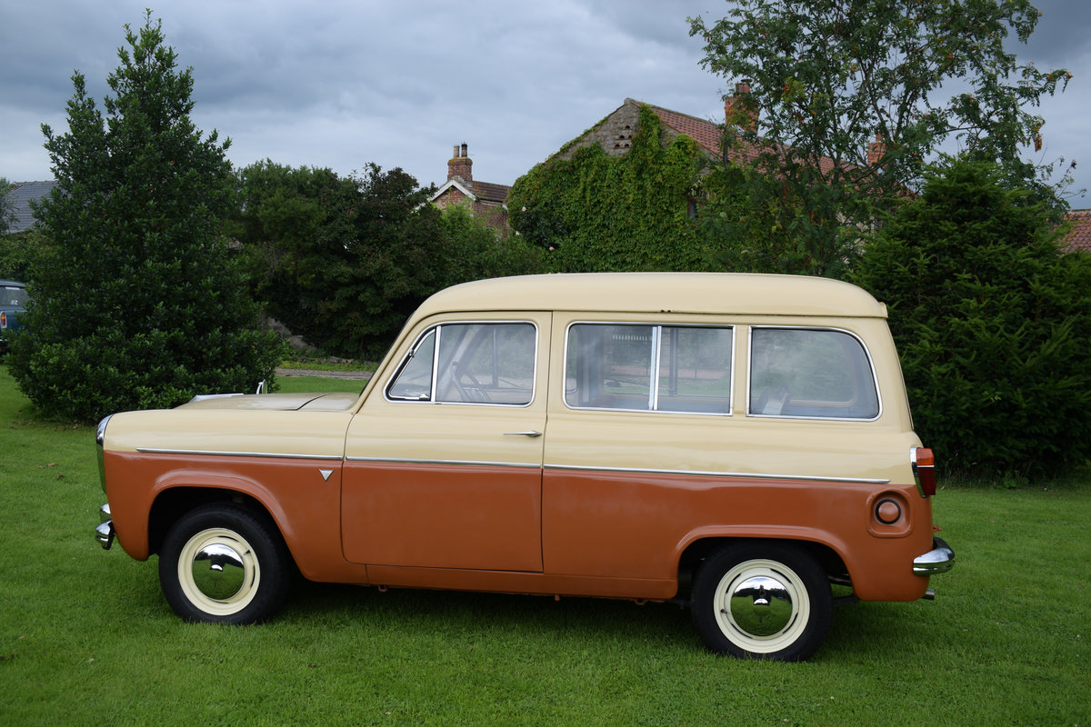 1958 FORD SQUIRE - MEGA RARE ESTATE, JUST DELIGHTFUL! SOLD (picture 3 of 6)