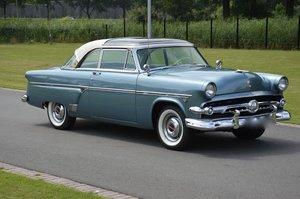 1954 Ford Crestline Skyliner Coupe Glass Top