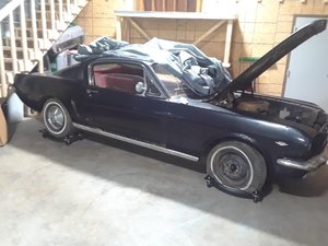 1965 Mustang Fastback project V8 manual transmission  For Sale