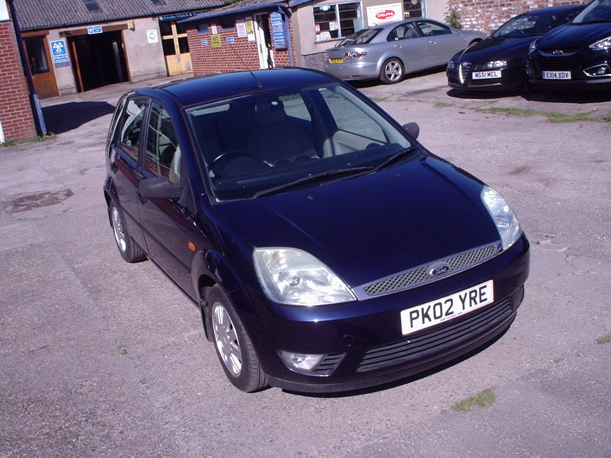 2002 FORD FIESTA 1.6 GHIA LOW MILEAGE SOLD (picture 1 of 6)