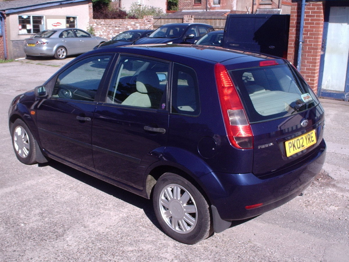 2002 FORD FIESTA 1.6 GHIA LOW MILEAGE SOLD (picture 6 of 6)
