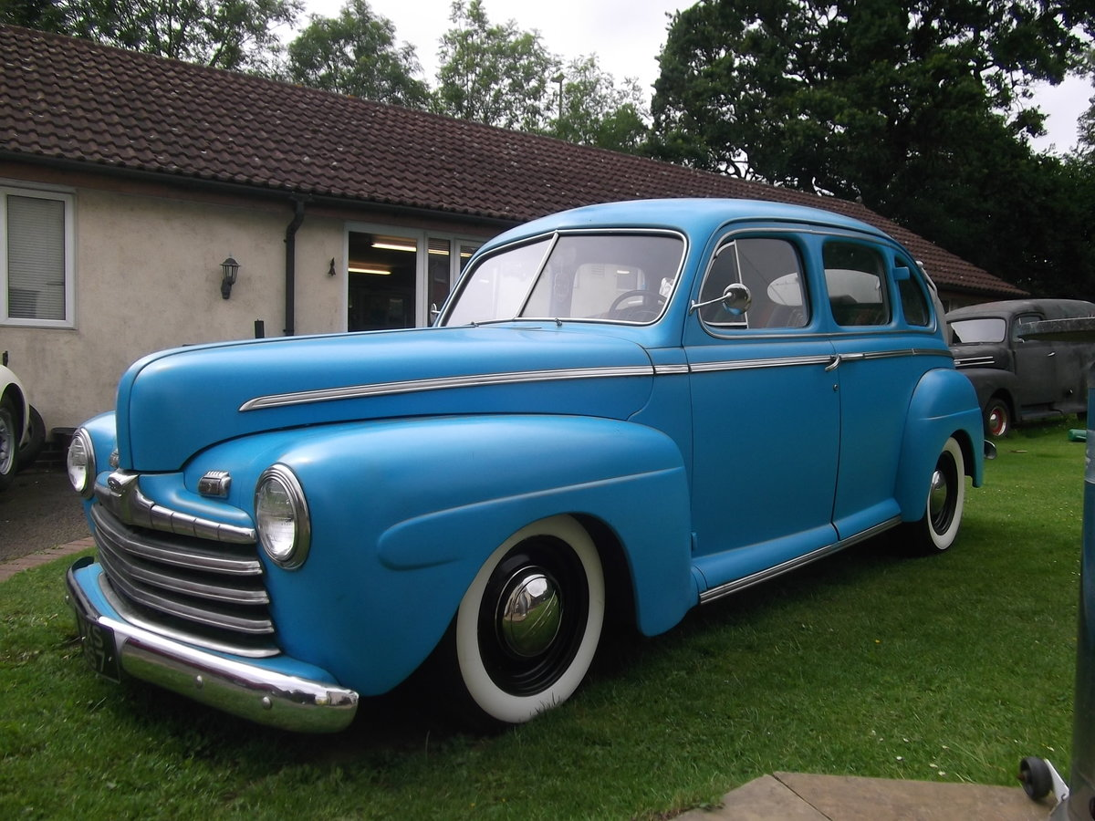 1946 Ford Sedan Street Rod 5.0L Injection engine Automatic,  SOLD (picture 1 of 6)