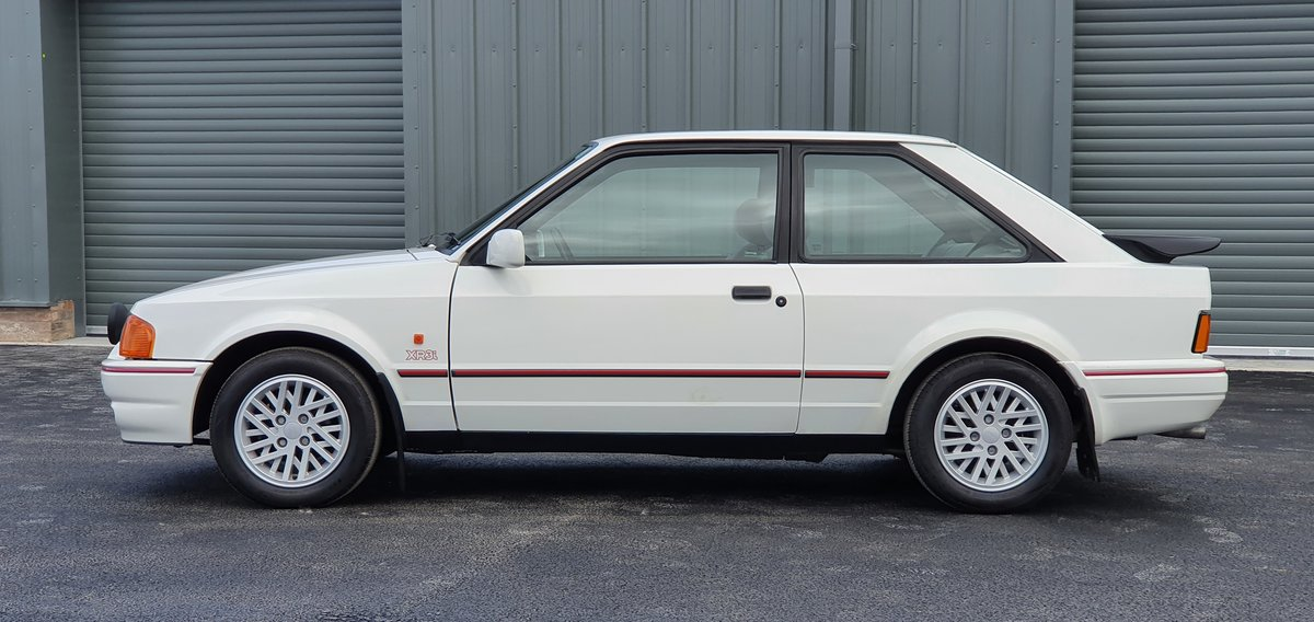 1989 Ford Escort XR3i For Sale (picture 1 of 6)