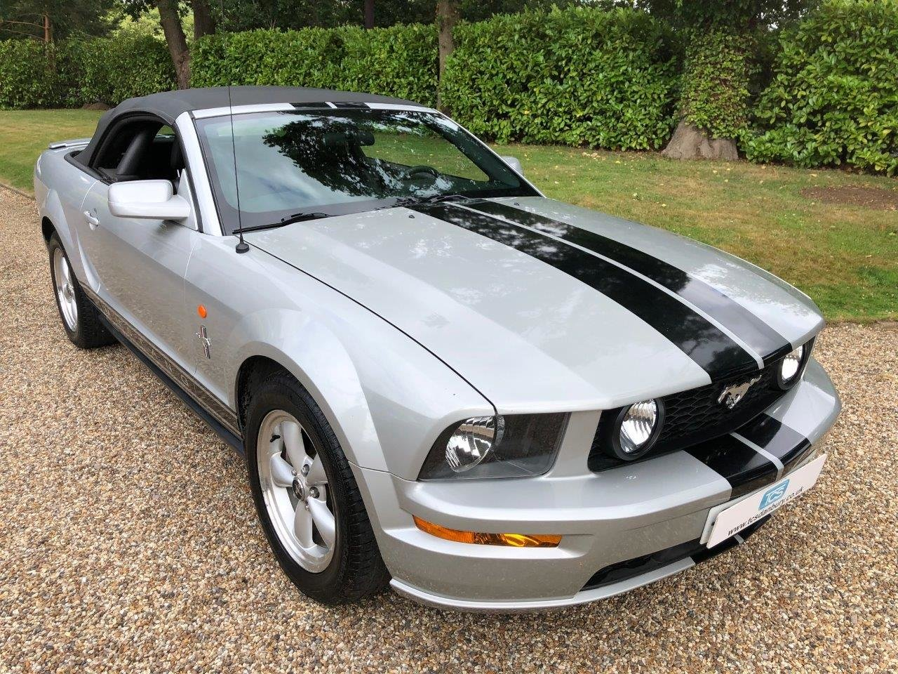 2009 Ford Mustang Premium Convertible 4.0L Automatic For Sale (picture 1 of 6)