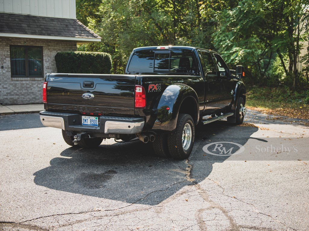 2016 Ford F-350 Super Duty Lariat 44 Crew-Cab Pickup  For Sale by Auction (picture 2 of 6)
