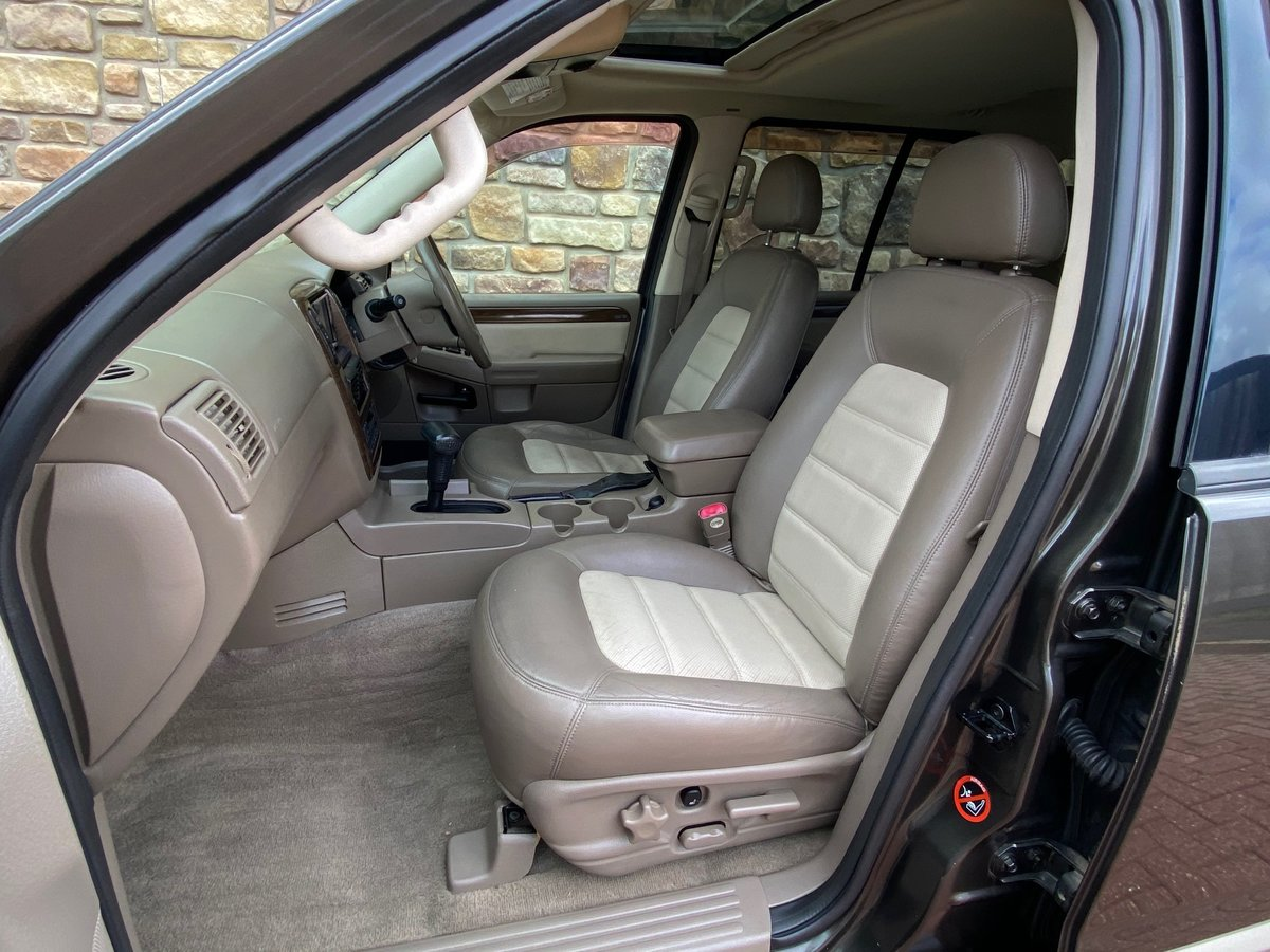 2005 FORD EXPLORER 4.6 EDDIE BAUER AUTOMATIC * 7 SEATER 4X4 For Sale (picture 3 of 6)