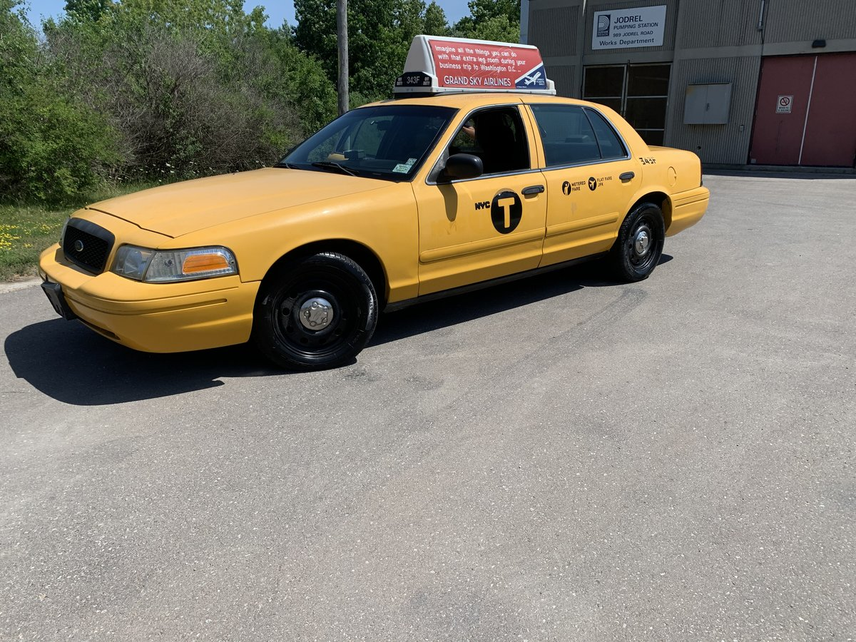 2008 NYC Taxi Cab For Sale (picture 1 of 6)