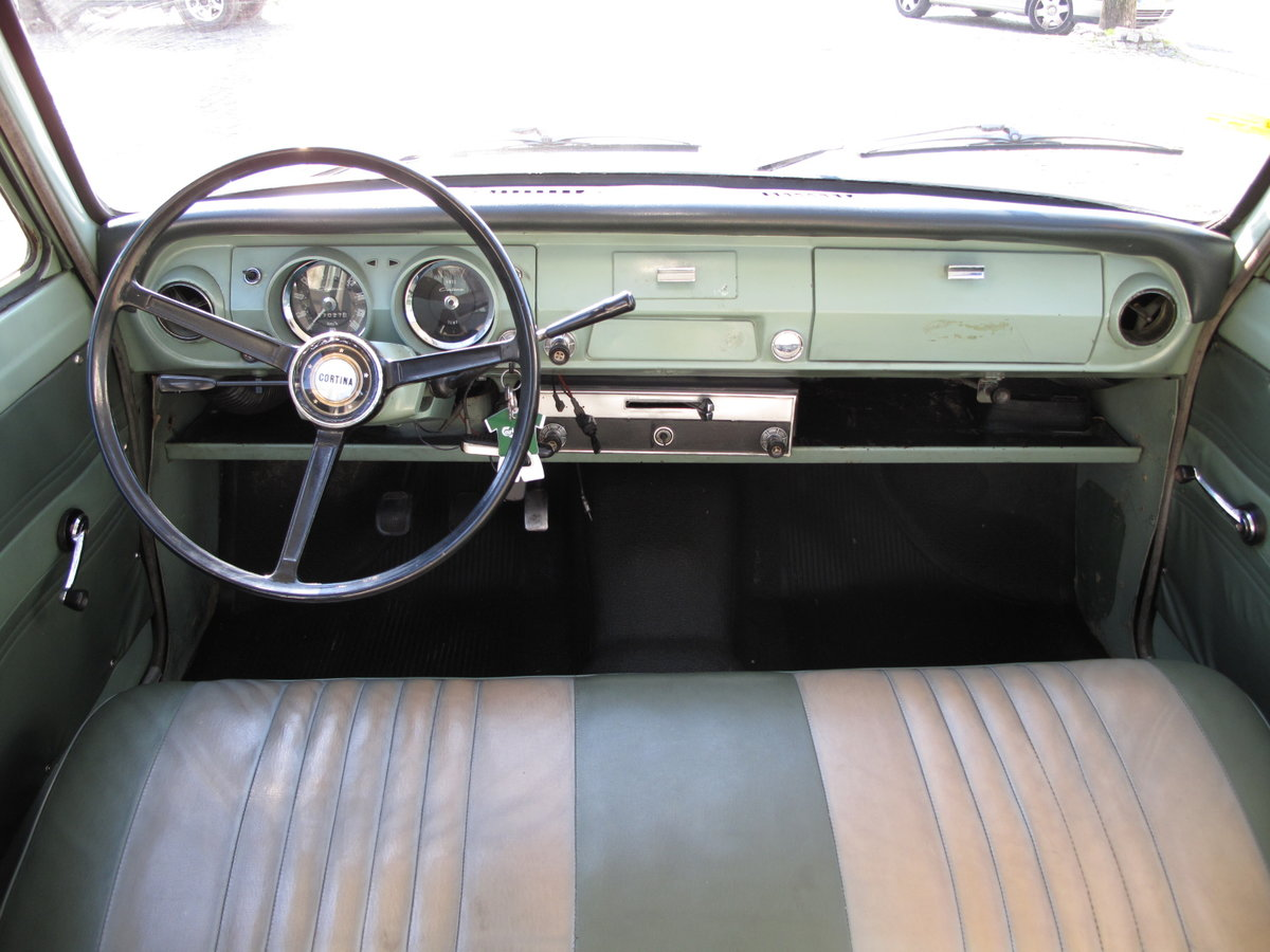 1965 Ford Cortina Mk1 - 2 doors For Sale (picture 3 of 6)