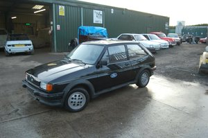MK2 FORD FIESTA XR2 IN BLACK FROM HOT CLIMATE