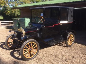 Very Rare 1915 Ford Model T Landaulet Taxi
