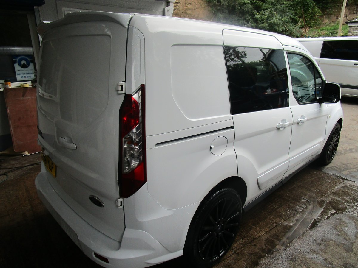 2016/16 Ford Transit Connect L1 1.5TDI 95 KOMBI 5 SEATER  For Sale (picture 3 of 6)
