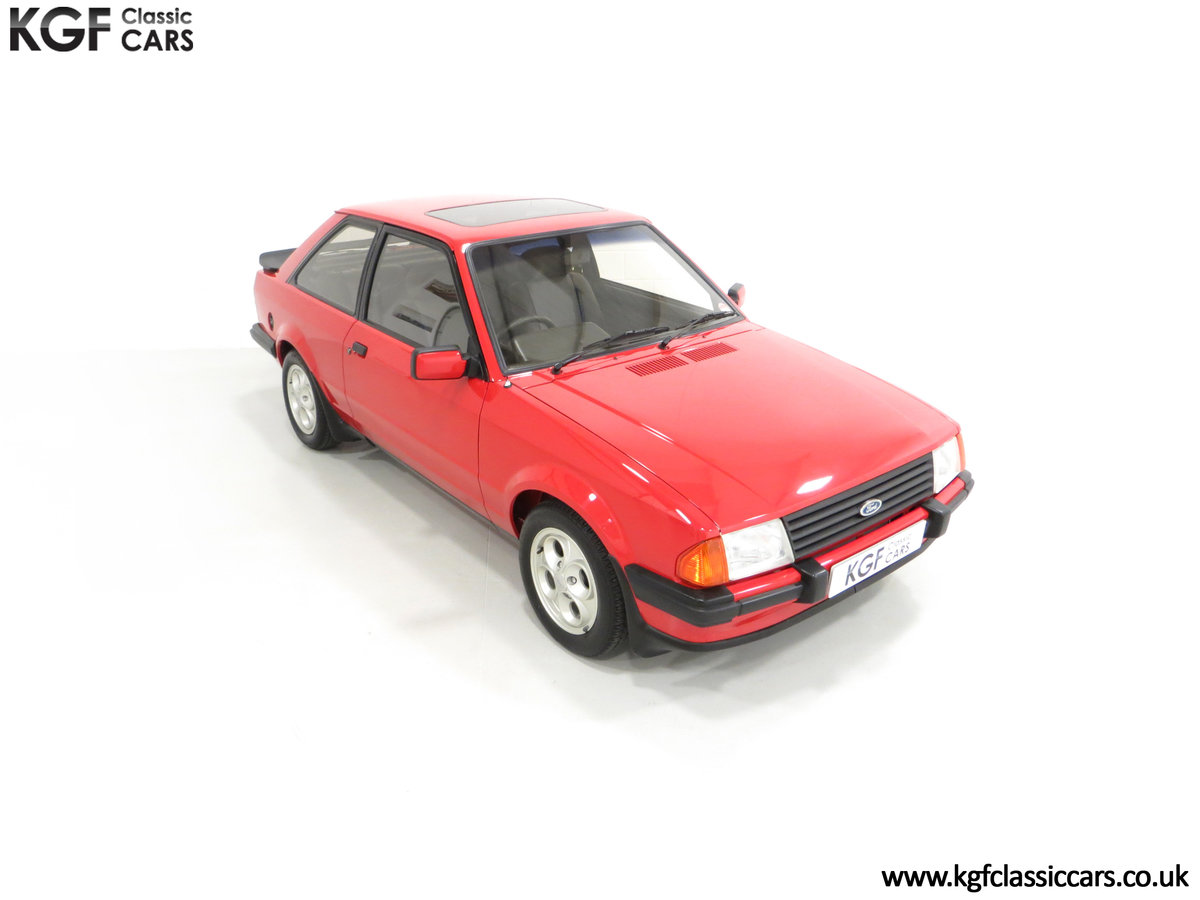 1985 An Award-Winning Late Ford Escort Mk3 XR3i in Rare Rosso Red SOLD (picture 2 of 24)