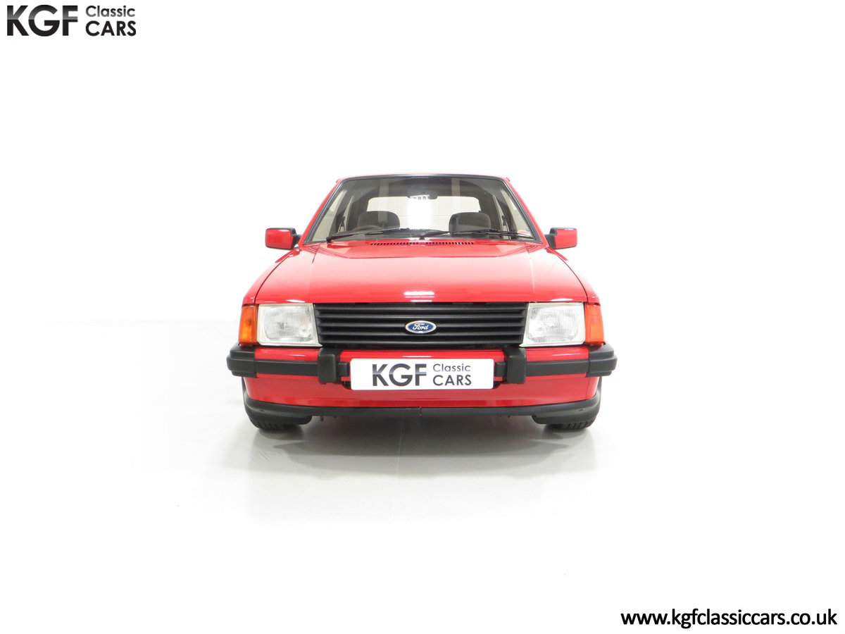 1985 An Award-Winning Late Ford Escort Mk3 XR3i in Rare Rosso Red SOLD (picture 3 of 24)