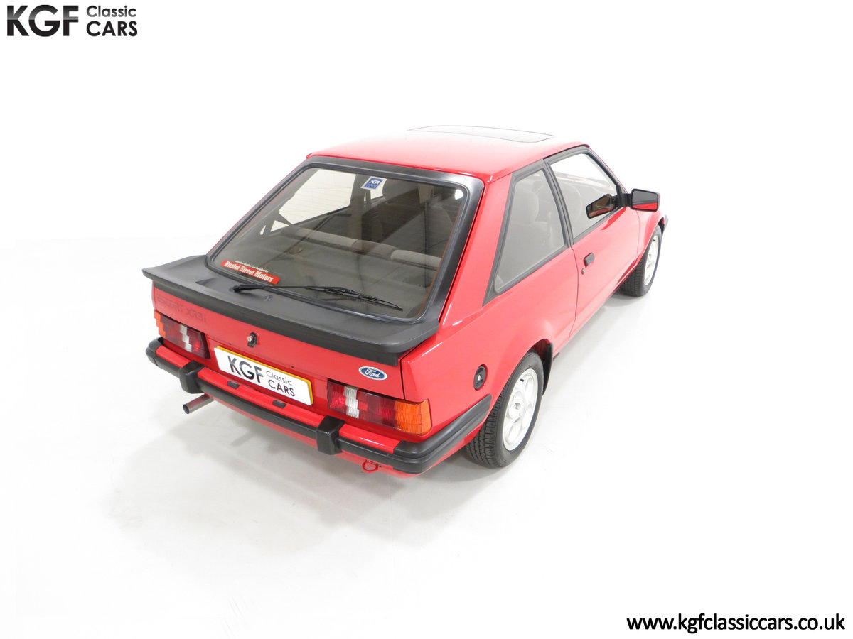 1985 An Award-Winning Late Ford Escort Mk3 XR3i in Rare Rosso Red SOLD (picture 12 of 24)