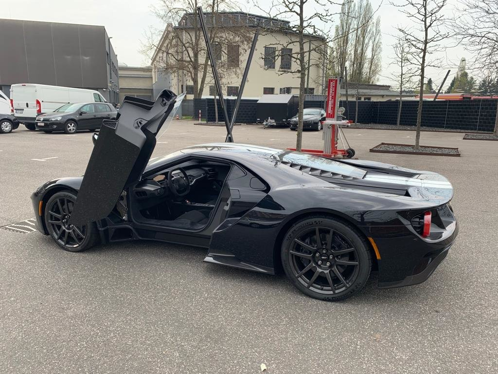 2018 Ford GT SuperCar Driven Only 60 Kilometers For Sale (picture 1 of 6)