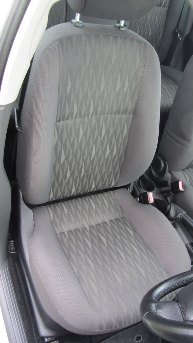 2003 Ford Focus Zetec - One Owner For Sale (picture 4 of 6)