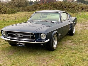 1967 Ford Mustang Fastback - Nightmist Blue
