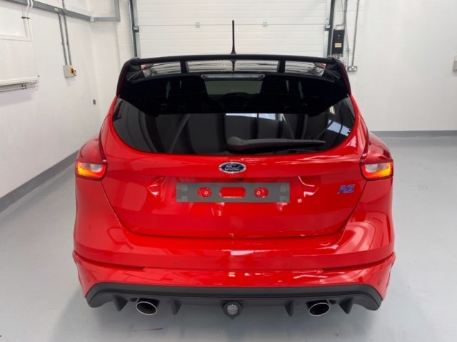 2018 Focus RS MK3 Red Edition, One Owner 2,300 miles Sunroof SOLD (picture 6 of 6)