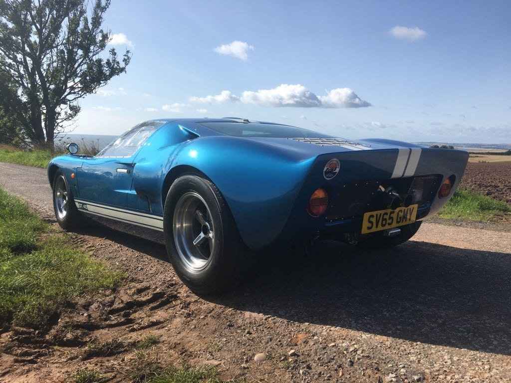 2015 Ford GT40 A Classic Beauty! For Sale (picture 2 of 6)