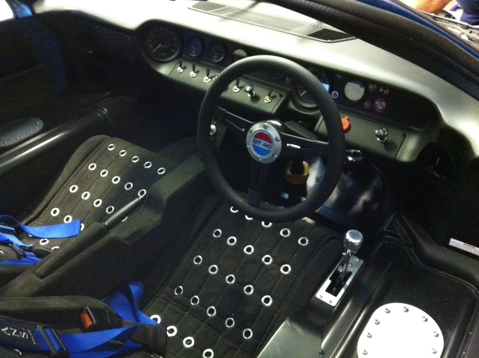 2015 Ford GT40 A Classic Beauty! For Sale (picture 5 of 6)