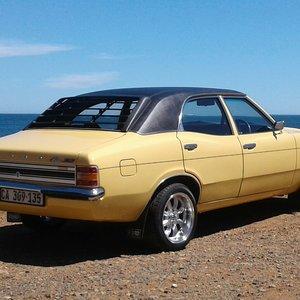 1975 Ford Cortina XLE