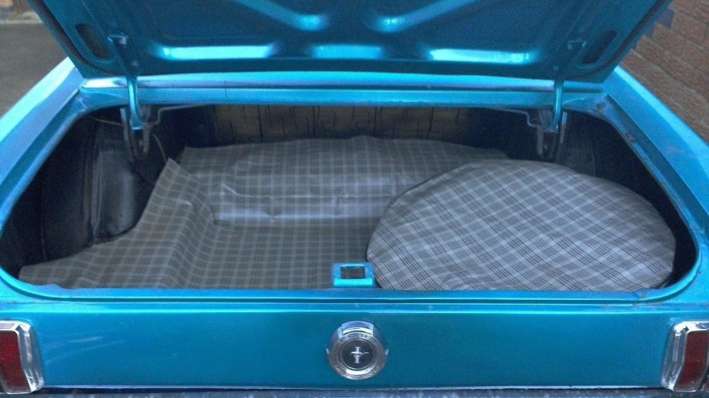 1966 Mustang 302 V8 coupe Auto For Sale (picture 3 of 6)