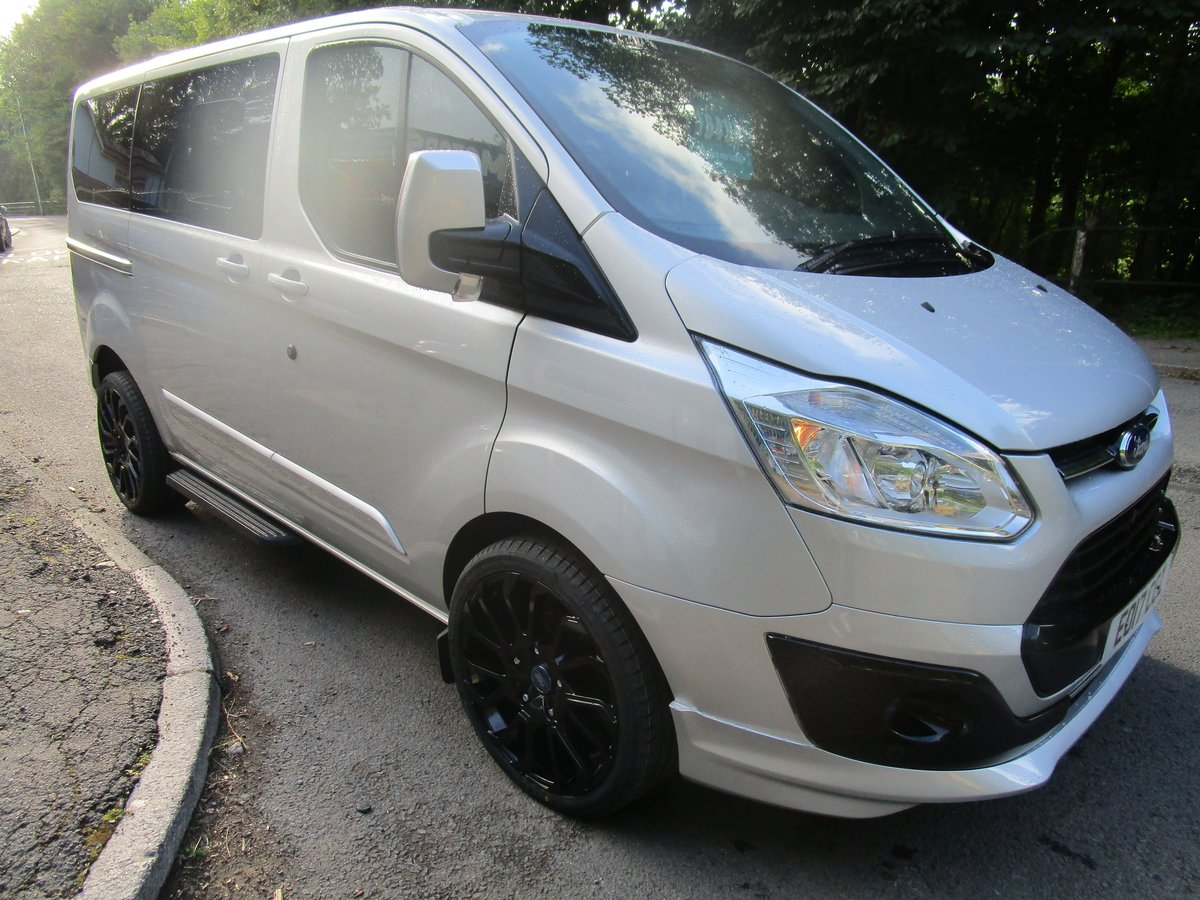 2017 FORD TRANSIT CUSTOM TOURNEO 2.0 TDI 9 SEATER SILVER For Sale (picture 2 of 6)
